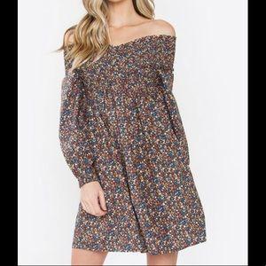 SUGARLIPS NWT Kory Off The Shoulder Dress Size S